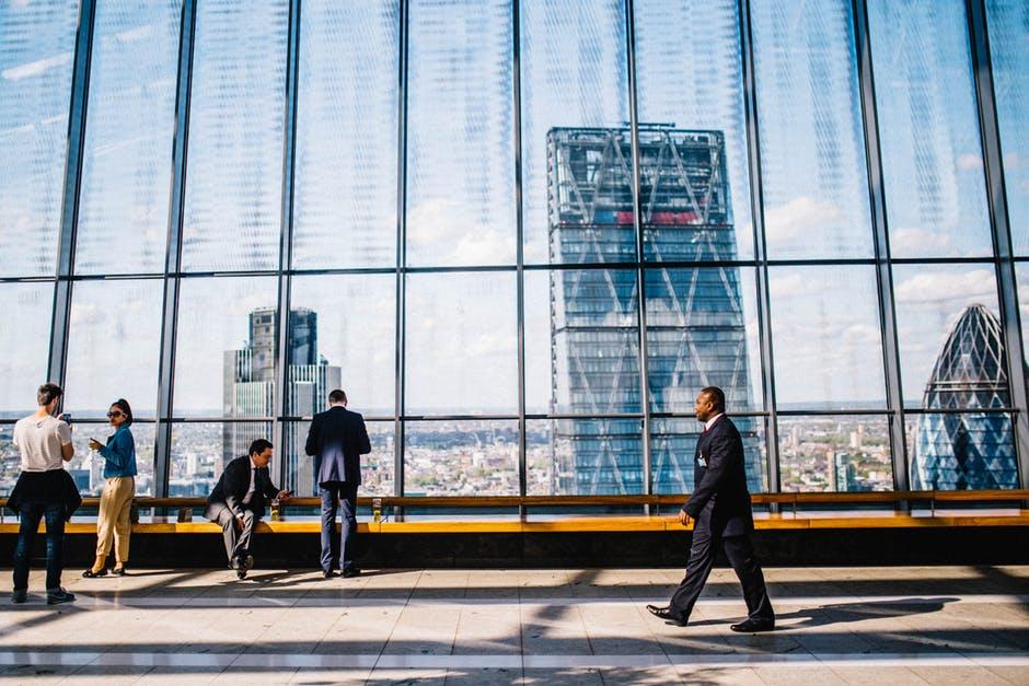 Identifikasi apa yang membuat usaha Anda lebih unggul dari perusahaan sejenis | Gadjian