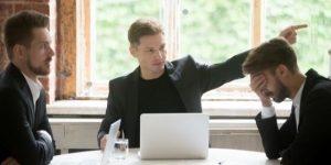 Jenis Kompensasi PHK yang Wajib Diberikan Perusahaan ke Karyawan | Gadjian