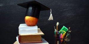 Benarkah Jenjang Pendidikan Mempengaruhi Besaran Upah Karyawan? | Gadjian