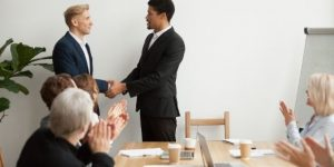 Apa Saja Extrinsic Reward Karyawan | Gadjian